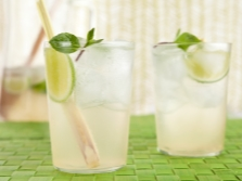 Лимонад с лимонным сорго