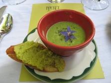 Суп с огуречной травой