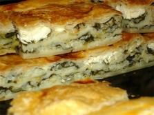 Пирог с щавелем и домашним сыром