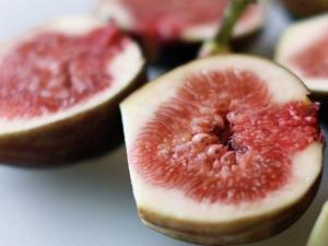 Инжир: сорта и их особенности, польза и вред винной ягоды