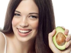 Масло авокадо для кожи: полезные свойства и способы применения