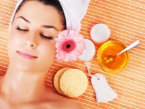 Полезные свойства и популярные рецепты масок с медом для лица