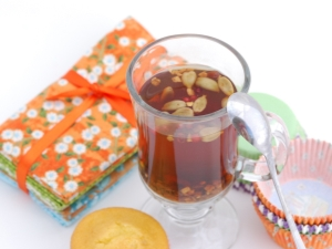 Чай с кардамоном: полезные свойства и секреты приготовления
