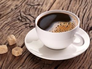 Кофе без кофеина: полезные свойства и противопоказания