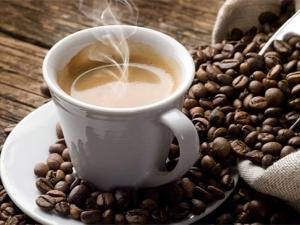 Сколько кофеина содержится в чашке кофе?