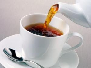 Как правильно пить крепкий чай при диарее?