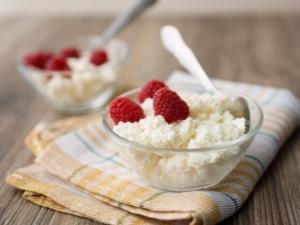 Обезжиренный творог: польза и вред, пищевая и энергетическая ценность
