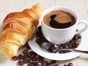 Сколько кофе можно пить в день и почему существуют ограничения?