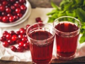 Вишневый сок: состав и советы по приготовлению