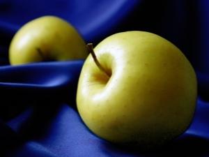 Яблоки «Голден»: калорийность, БЖУ, польза и вред