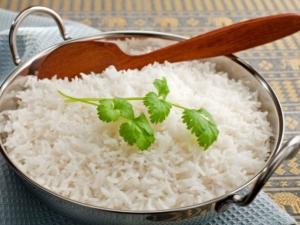 Как приготовить рисовую кашу на воде: соотношение ингредиентов и варианты рецептов
