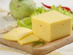 Калорийность и пищевая ценность сыра Российский