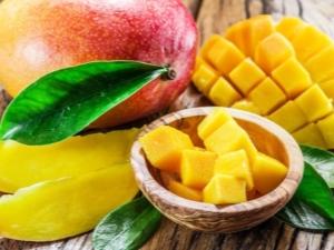 Польза и вред манго для женщин