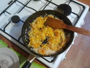 Рецепты приготовления риса на сковороде
