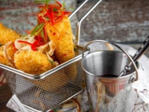 Жареный Сулугуни: калорийность и способы приготовления