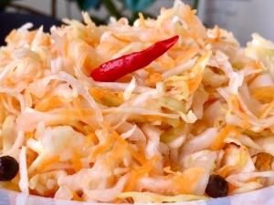 Как правильно приготовить квашеную капусту?