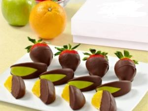 kak-prigotovit-frukty-v-shokolade-svoimi-rukami.jpg