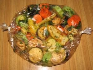 Запекаем овощи в рукаве