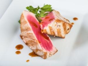 Как приготовить филе тунца на гриле?