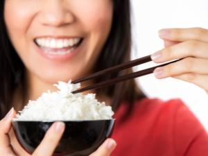 Рисовая диета для очищения организма от солей.