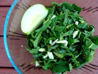 Фруктовый салат с окопником