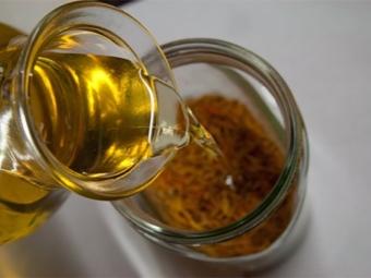 Масло календулы полученное мацерацией