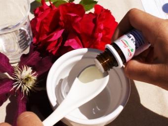 Маска для волос с эфирным маслом розы