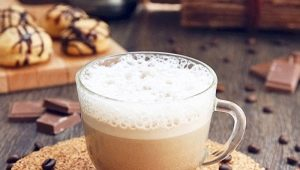 Раф-кофе: история создания и варианты приготовления кофейного напитка