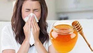 Аллергия на мед: причины возникновения, симптомы и лечение