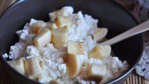 Творог с бананом: польза, вред и рецепты приготовления
