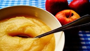 Яблочное пюре: польза и вред, калорийность и рецепты