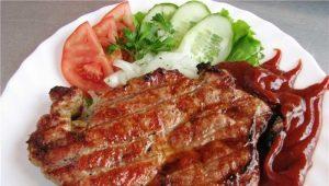 Как правильно приготовить сочный стейк из свинины?