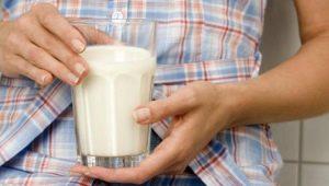 Можно или нельзя пить кефир при панкреатите?