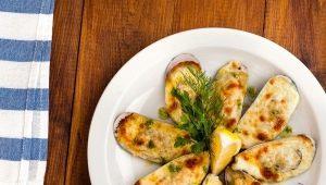 Рецепты приготовления мидий с сыром