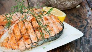 Готовим стейки из лосося