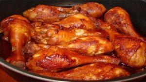 Как пожарить куриные голени на сковороде с корочкой?