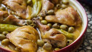 Как приготовить куриные ножки на сковороде с подливой?