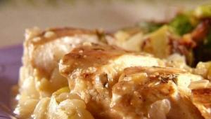 Как приготовить куриное филе с яблоками?