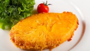 Как приготовить куриное филе в сырном кляре?