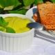 Как приготовить паштет из авокадо?