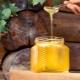 Почему мед не засахаривается и должен ли?