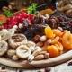 Сухофрукты: разновидности и полезные свойства для организма