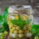 Как приготовить компот из крыжовника с мятой?