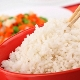 Калорийность, пищевая ценность и польза вареного риса, приготовленного на воде