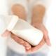 Коровье молоко для грудничка: с какого возраста и как вводить в рацион?