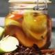 Маринованные яблоки: лучшие рецепты и советы