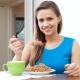 Можно ли гречку есть на ночь и как это отразится на похудении?