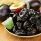 Чернослив для грудничка: полезные свойства, прикорм по месяцам, рецепты