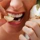 Чеснок от зубной боли: свойства продукта и особенности его использования