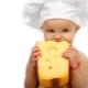 С какого возраста можно давать ребенку сыр и как вводить его в рацион?